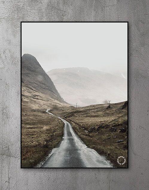 Plakat - Through the Hills
